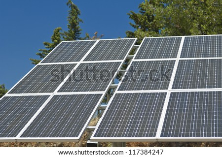 Photovoltaic Silicon Panels With Tilted Single Axis Track ...