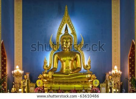 Phra Buddha Chinnarat, Marble temple, Bangkok, Thailand.