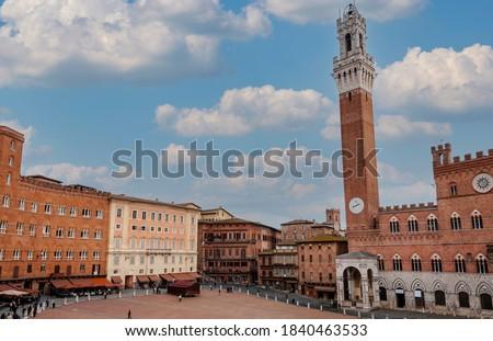 Piazza del Campo in Siena in Tuscany, Italy Foto stock ©