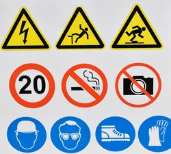 Pictogram signs at the construction area