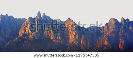 Pictorial Mountains
