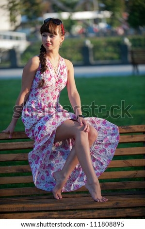 Little girls bare legs images - Charming teenage girls image ...