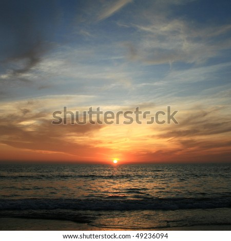 picture of a beautiful sunset on the sea