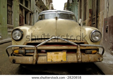 Picture of a old car in Cuba Havana 2007