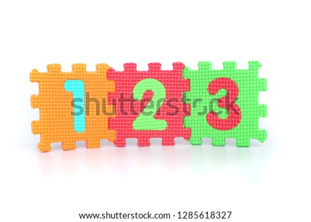 Picture of numbers 123 on the white background.