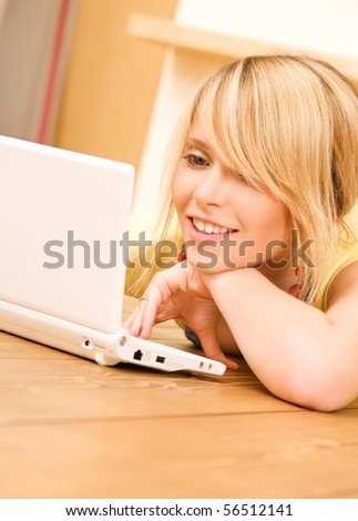 picture of teenage girl with laptop computer