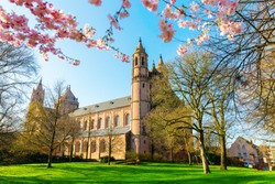 picture of the historical Worms Cathedral in Worms, Germany