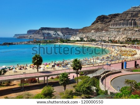Picturesque view over Amadores beach