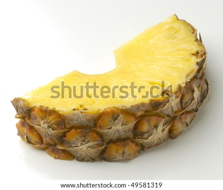 piece of fresh pineapple frescay