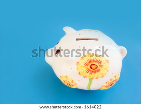 Piggy bank (monebox) isolated