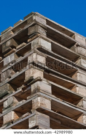 Pile of euro pallets (3)