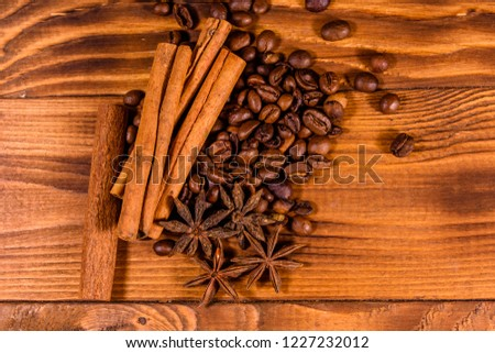 Star Anise Star Anise On A Black Wood Background Images