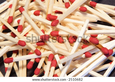 stock-photo-pile-of-wood-match-sticks-with-a-red-tip-2510682.jpg