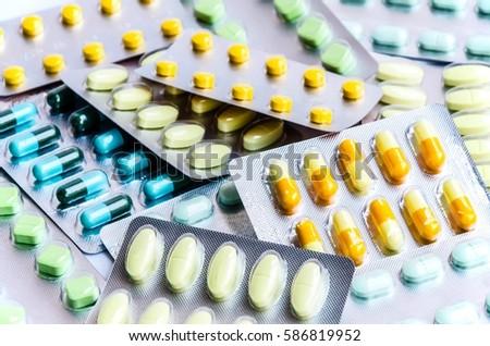 pills medicine & capsule pills medicine & antibiotics