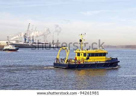 pilot boat in the port of rotterdam