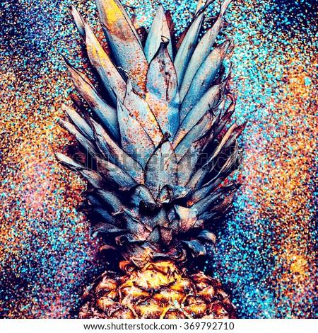 Pineapple Shine Fashion Minimalism style.
