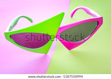 Pink and green trendy hip hop asymmetrical glasses retro eighties style