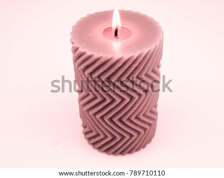 Pink candle with a zigzag pattern #789710110
