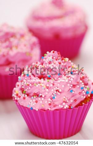 Pink cupcakes birthday surprise