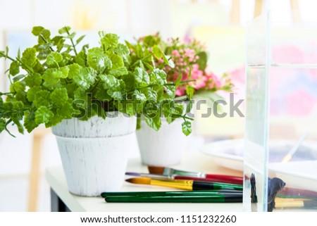 Free Photos Flower Vase In The Classroom Avopix