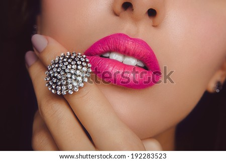 Pink lips with the ring. Make up #192283523