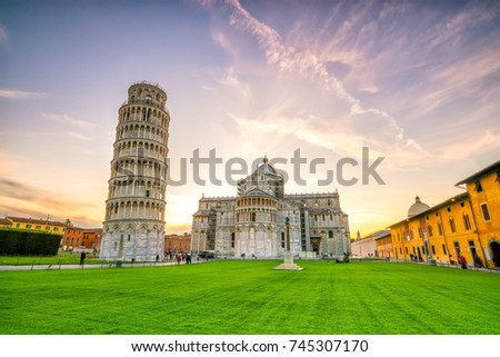 Pisa Cathedral and the Leaning Tower in a sunny day in Pisa, Italy. Zdjęcia stock ©