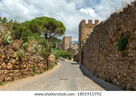 Pisan city walls in Iglesias, Sardinia. Foto stock ©