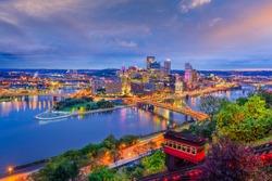Pittsburgh, Pennsylvania, USA city skyline.