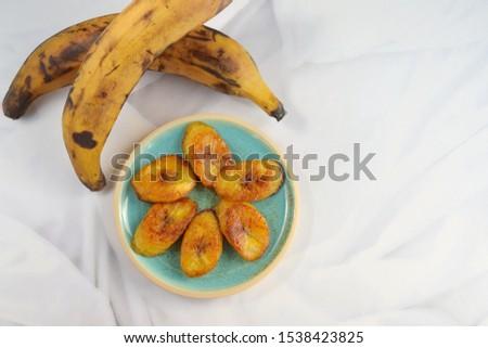 Plátanos Maduros or fried sweet ripe plantain banana Foto stock ©