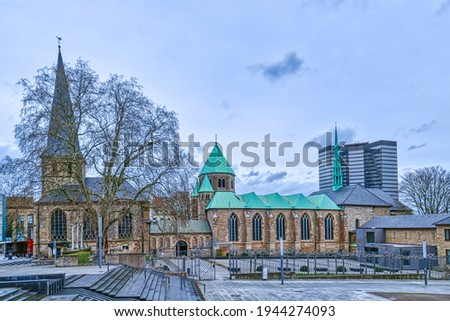 Place and historical episcopal church in Essen Stock foto ©