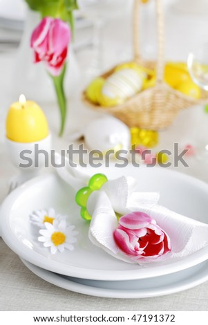 Place setting for Easter in fresh colors
