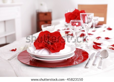 Place setting in red and white - for Valentine or other event