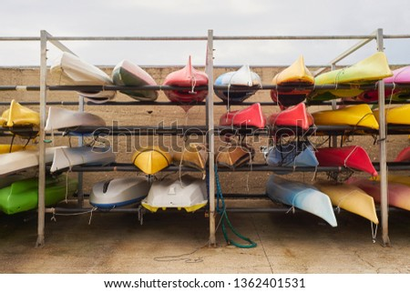 Place where you can rent canoes