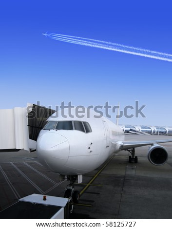 Plane parked together with door embarks, for the next flight
