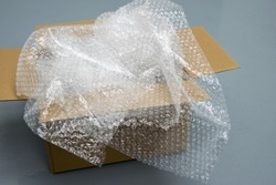 Plastic Bubble Cushioning Wrap in paper box