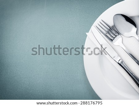 Plate, Dishware, Place Setting.