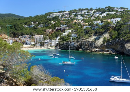 Playa Cala Vadella(Sant Josep de sa Talaia)Balearic Island.Ibiza. Photo stock ©
