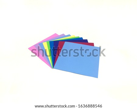 Playable colored paper that affects the sensitivity of children's brains.