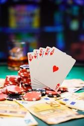 Poker royal flush with Ero bills