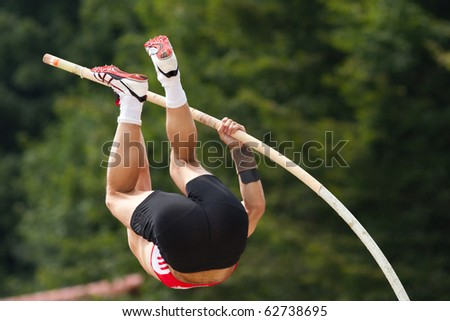 pole vault in track and field