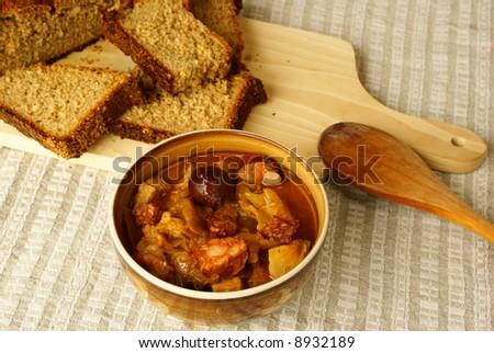 Polish choucroute  (bigos)