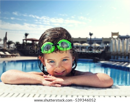 Pool. #539346052
