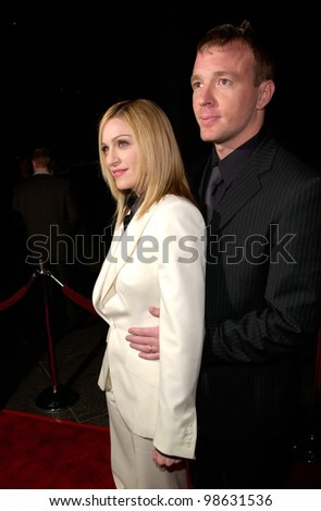Pop star/actress MADONNA & director husband GUY RITCHIE at the Los Angeles premiere of his new movie Snatch. 18JAN2001.   Paul Smith/Featureflash