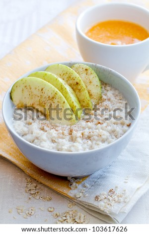 porridge with apple and orange juice