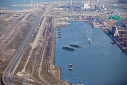 Port terminal