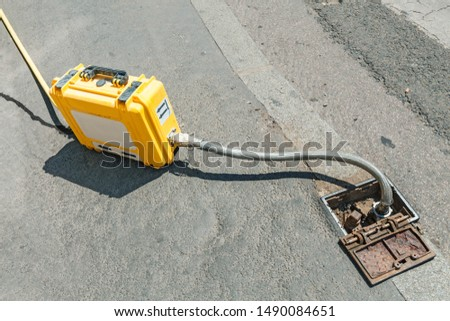 Portable hydraulic equipment for pumping water, gas or fuel