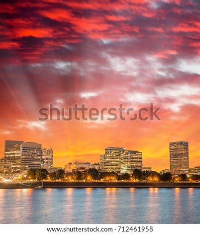 Portland skyscrapers at night with river reflections, Oregon. #712461958