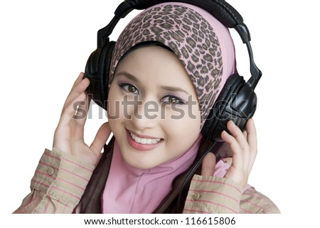 portrait of beauty young woman with headphone