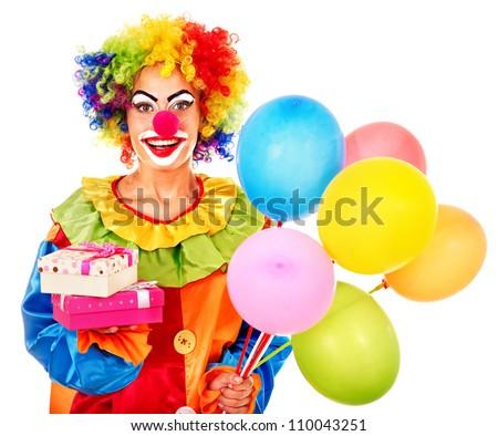 клоун ловит шарики