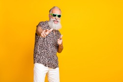 Portrait of crazy retired funny long bearded old man in eyewear eyeglasses brand feel crazy modern cool scream hey you wear leopard shirt shorts isolated over yellow background
